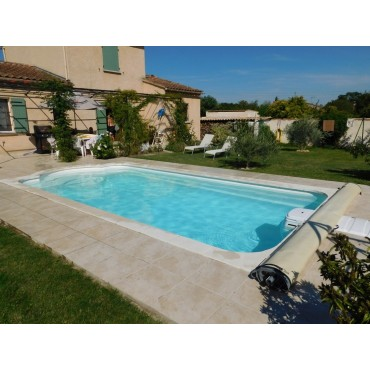 Coque polyester piscine R730 filtration traditionnelle